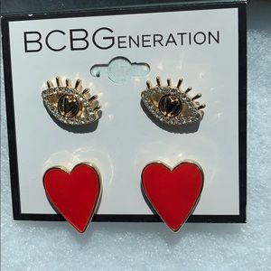New BCBG Generation Earrings  Gold New with tags💞